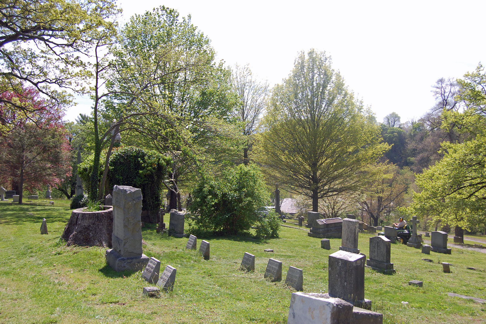 Riverside Cemetery viewpoint 3 existing